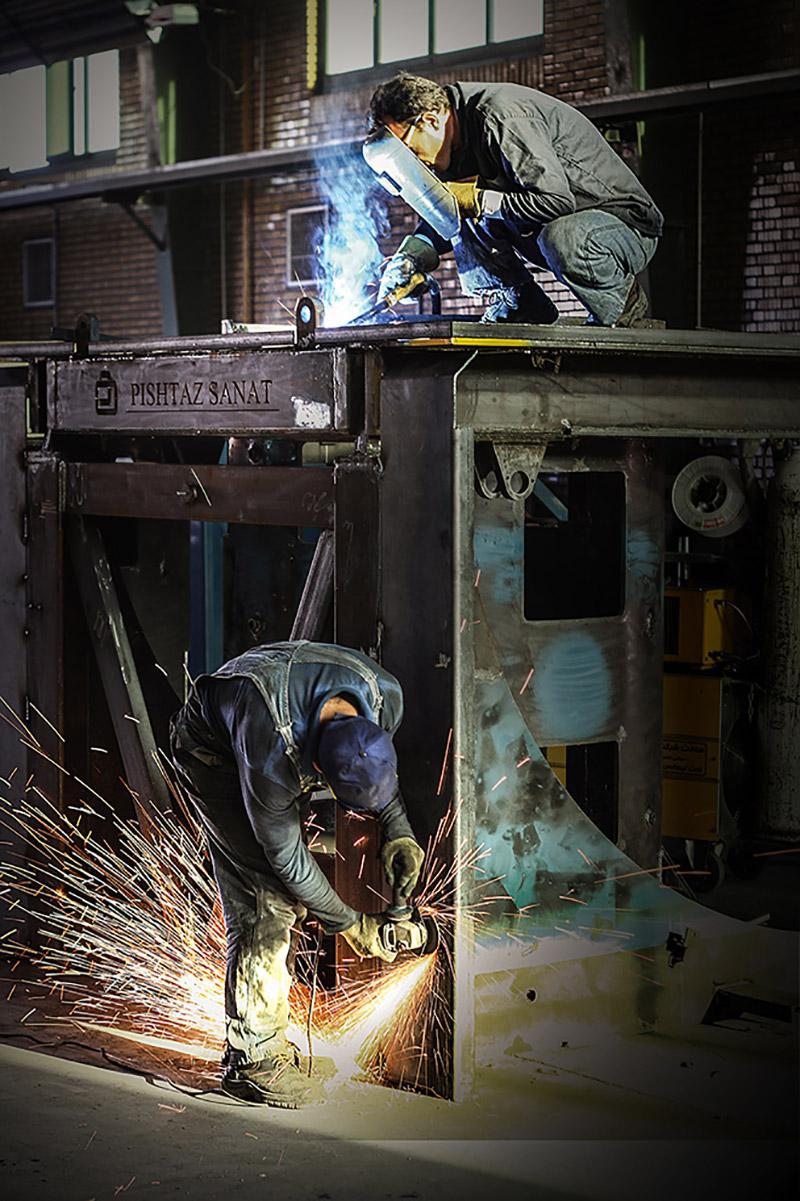 hard work - عکاسی کارخانه